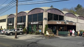 Stewart's Market in New Canaan