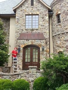Cleaning exterior of home