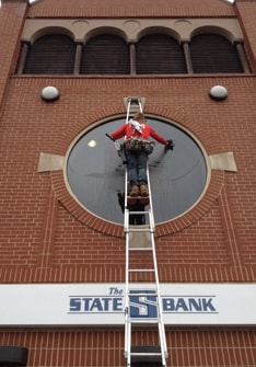 Cleaning The State S Bank in Fenton MI