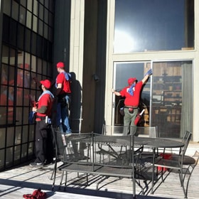 Three Fish Window Cleaners Cleaning Exterior Windows